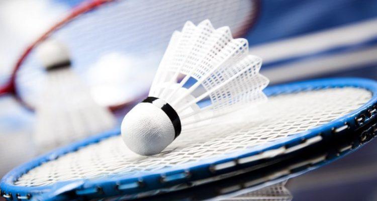 Comment choisir une raquette de badminton?