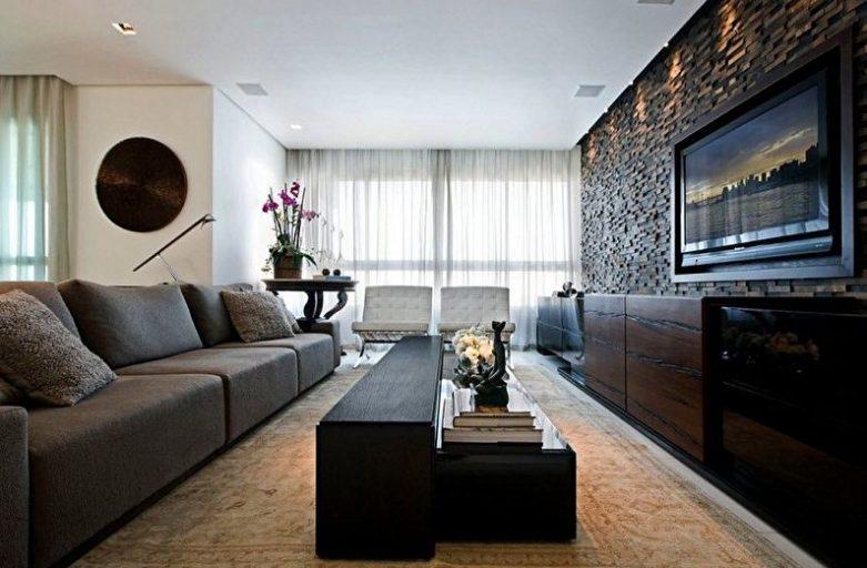 Pierre décorative à l'intérieur de l'appartement – Confort et design individuel