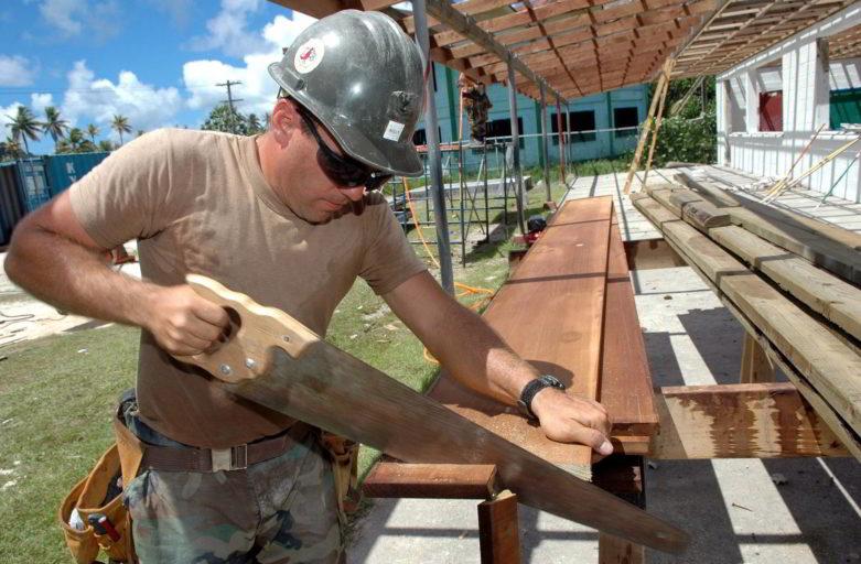 Quels sont les avantages de l'ossature bois dans la construction d'une maison individuelle ?